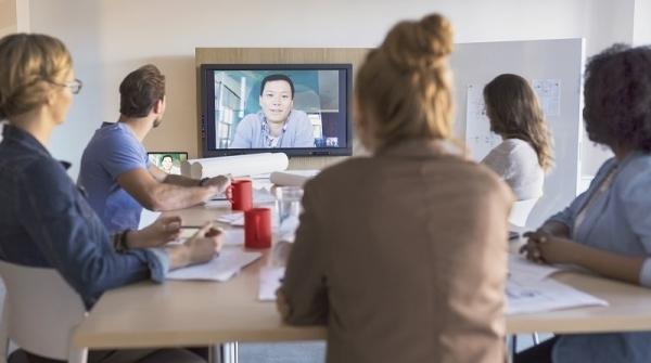 sfr business lance business video service la solution de visioconf rence haute d finition. Black Bedroom Furniture Sets. Home Design Ideas